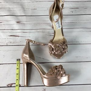 3a6a93fdfef Jessica Simpson Shoes - NWT Mayfaran 3D Laser Flowers Platform Sandals